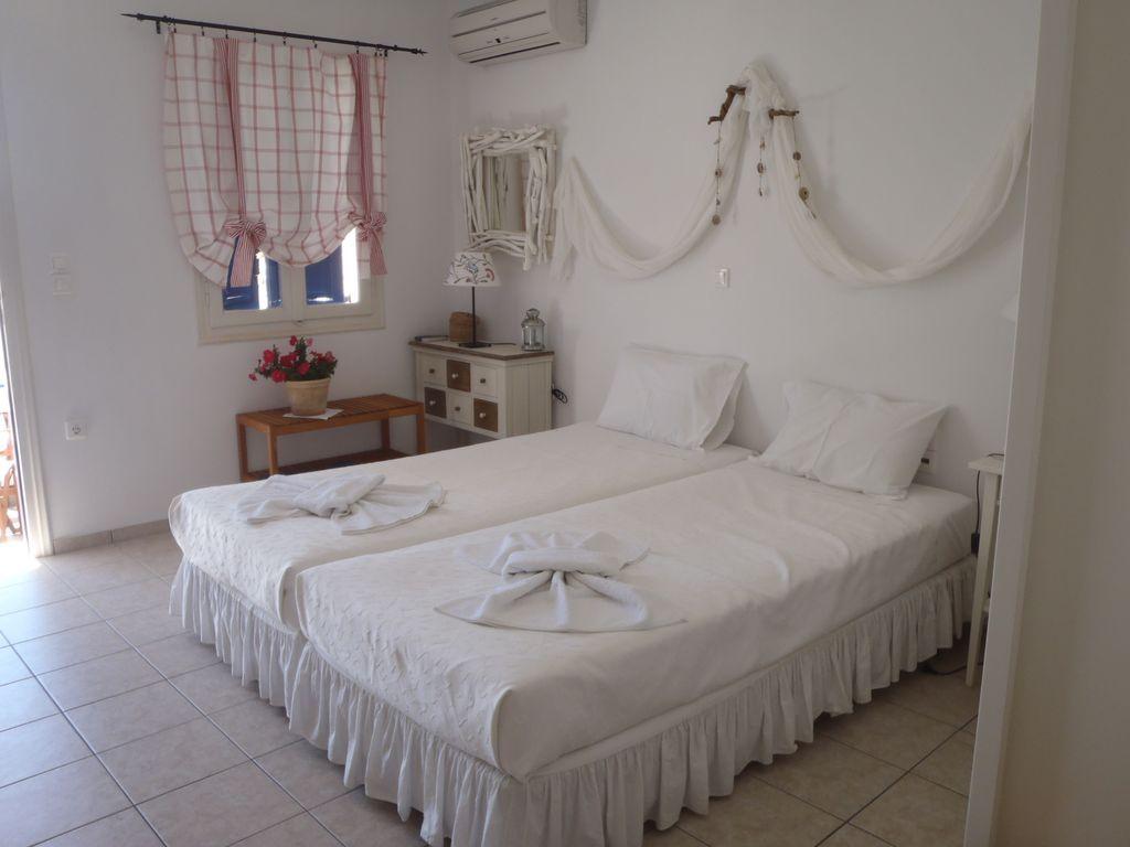 Alojamiento con balcón en Tholaria  aegiali amorgos