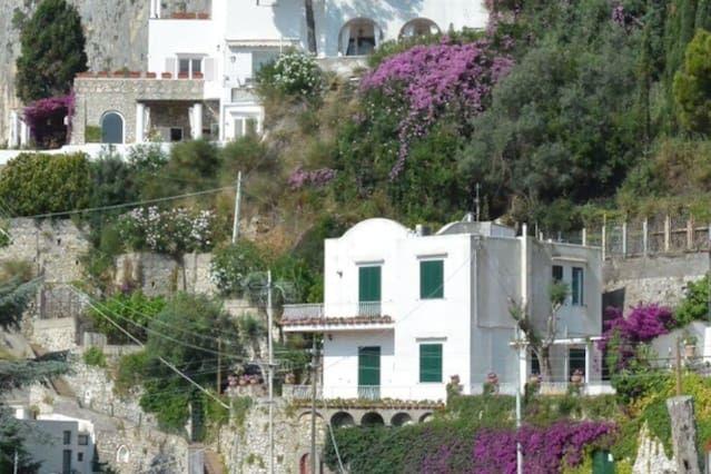 Alojamiento de 3 habitaciones en Capri