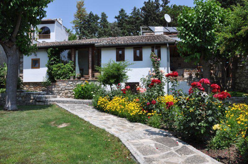 Residencia en Selcuk con jardín