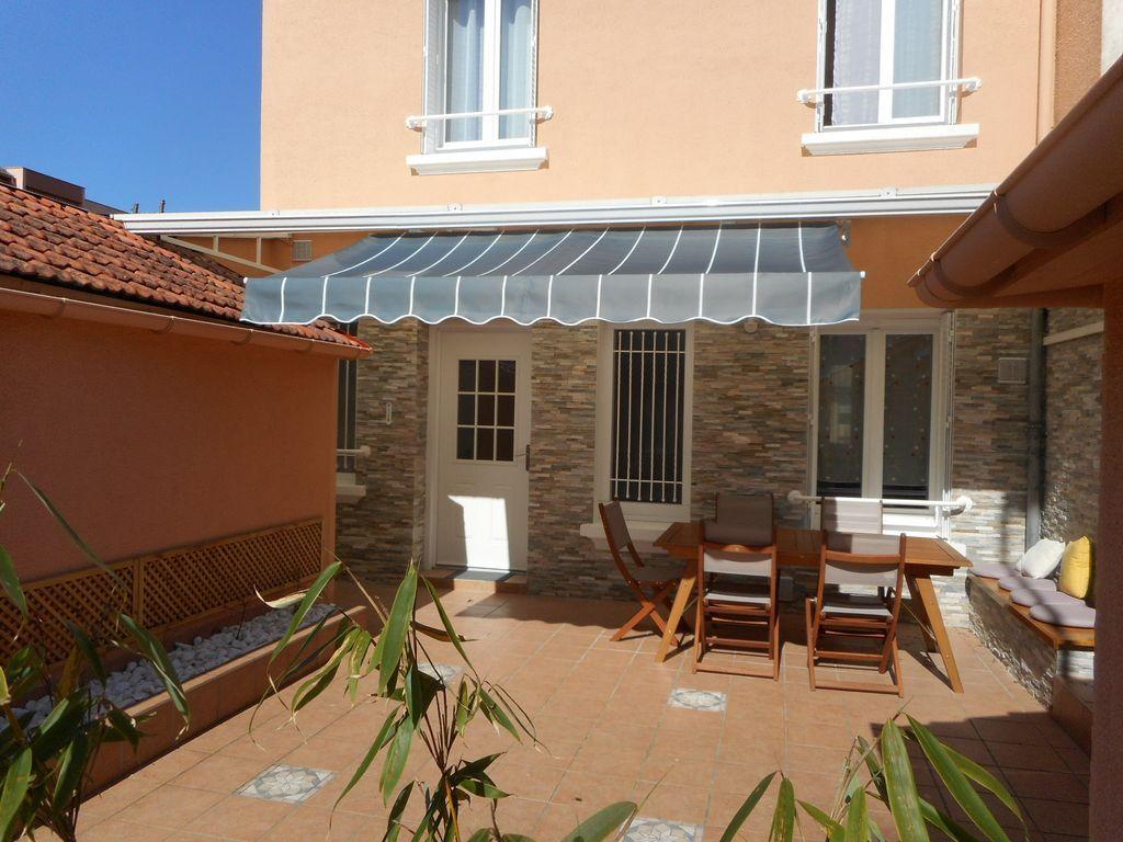Casa en Vichy con jardín