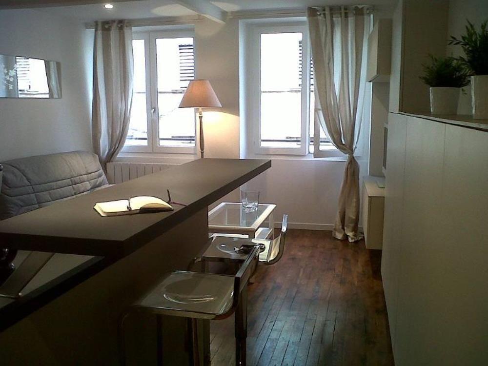 Atractivo alojamiento vacacional en Lyon para 4 personas