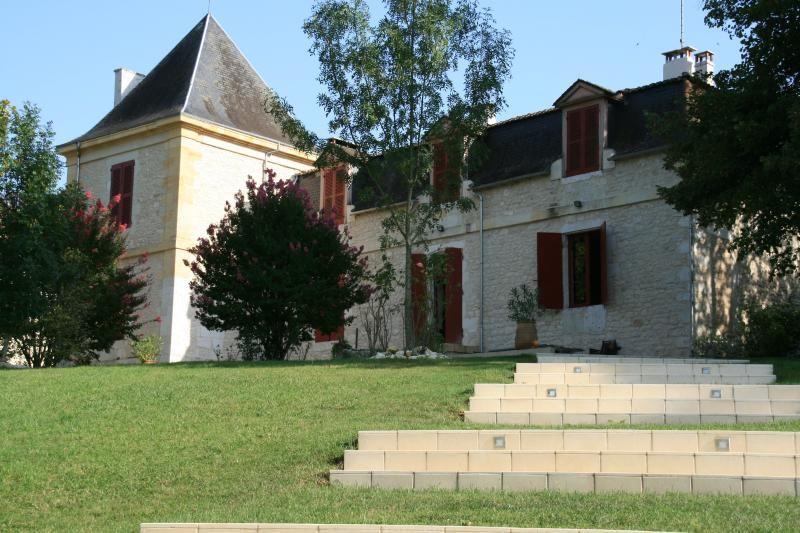 Chateau Les Maurins Domain