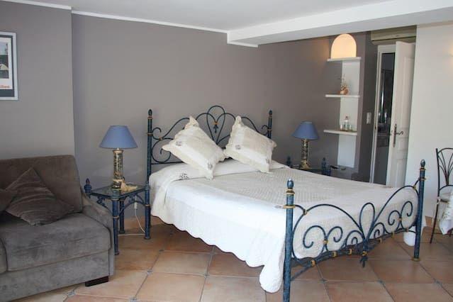 Appartement à Saint-paul avec 1 chambre