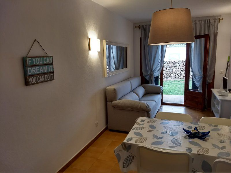 Holiday rental with 2 rooms in Arenal d'en castell