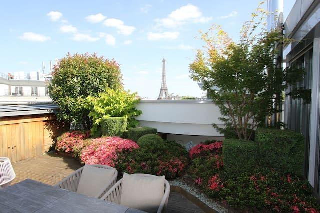 Penthouse Luxus-Design mit herrlichem Blick auf den Eiffelturm