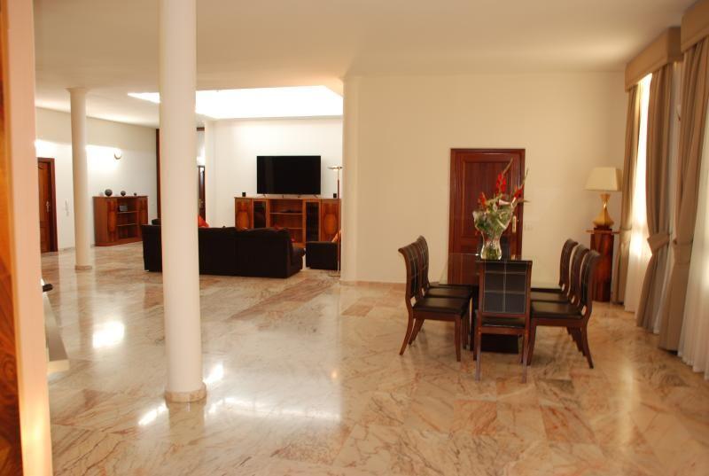 100 Julia Island Village Luxury Villa