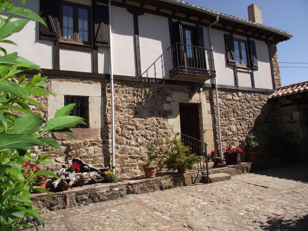 Casa de 200 m² con balcón