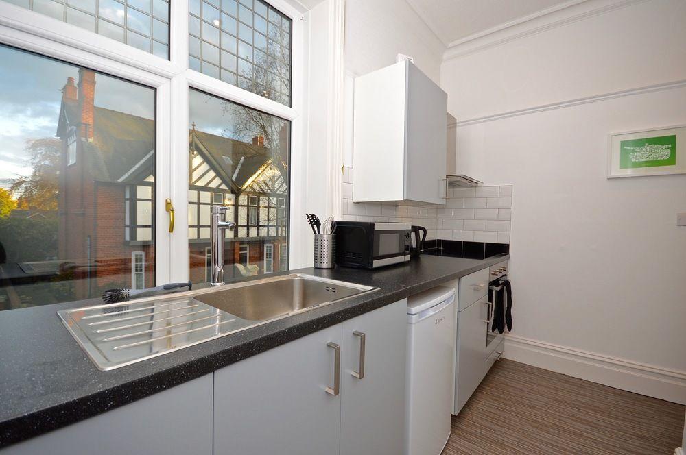 1st Floor Apartment with Garden View