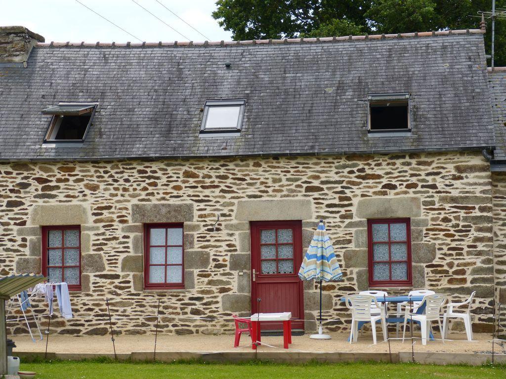 Alojamiento de 3 habitaciones en Loperec
