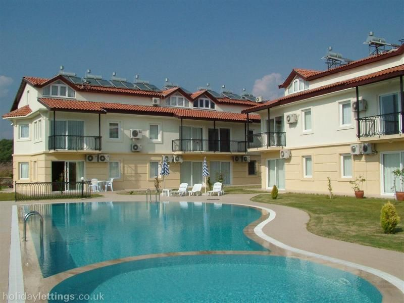 Calis Beach Apartments