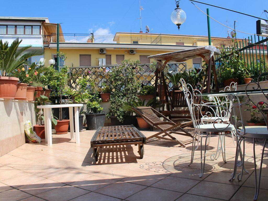 Apartamento en Nápoles con  y Mascotas