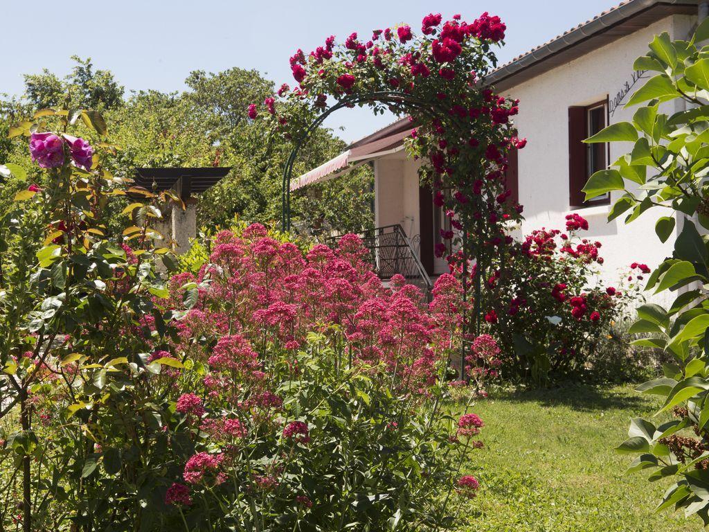 Casa en Saint-sulpice-la-pointe de 3 habitaciones