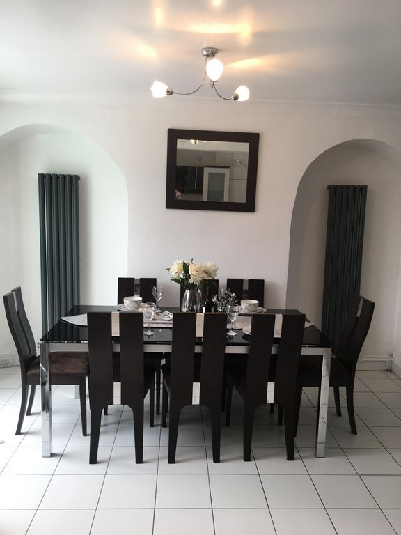 Cosy holiday letting in Liverpool of 4 bedrooms