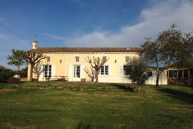 Beautiful french farm cottage with private pool