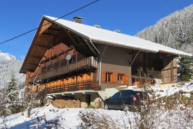 Apt 90 m2 en auténtico chalet, orientación sur, terraza cómoda, privado
