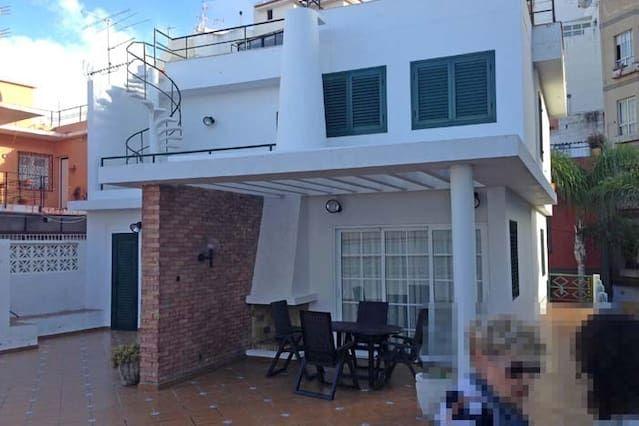 Provista residencia en Puerto de la cruz