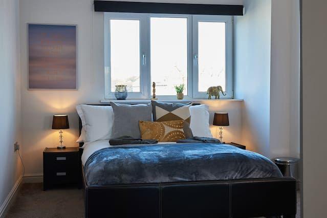 St James Gate - Stunning City Centre Apartment