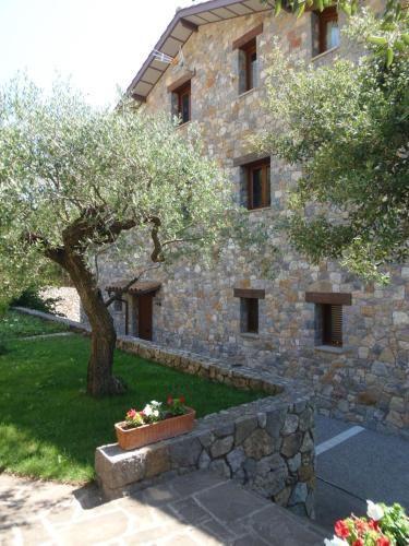 Ferienunterkunft mit 4 Zimmern in Sant llorenc de morunys