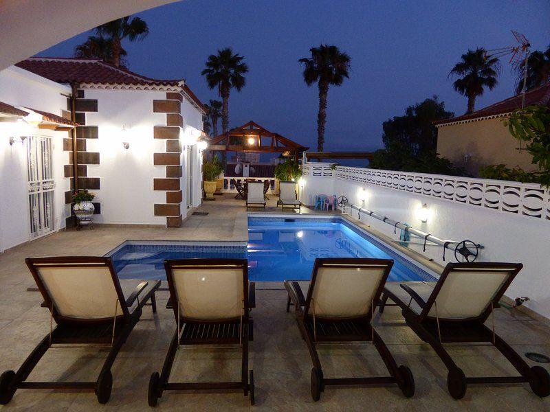 Alojamiento con piscina de 4 habitaciones