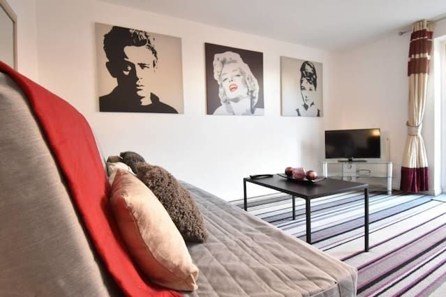 Holiday rental in Coventry with 3 rooms