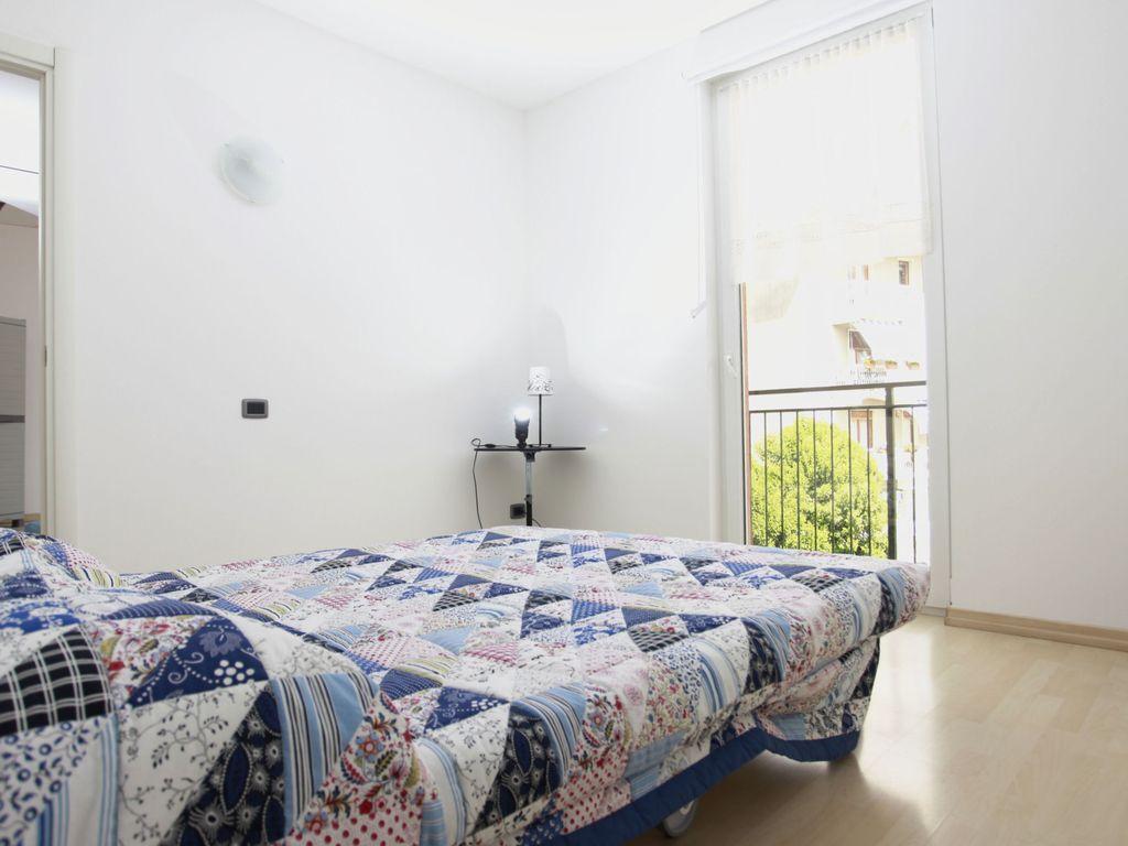 Apartamento para 3 personas con jardín