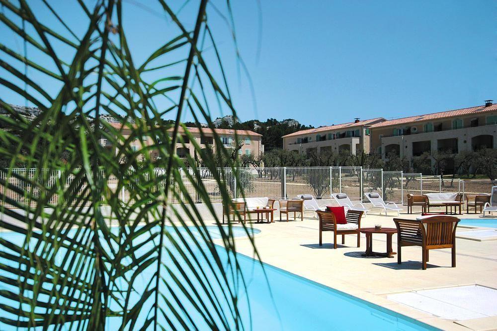 Alojamiento en Maussane les alpilles con piscina