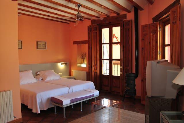 Alojamiento en Belmonte de tajo con balcón
