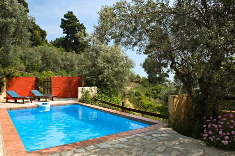 Esta villa con piscina privada es ideal para una escapada privado y romántico