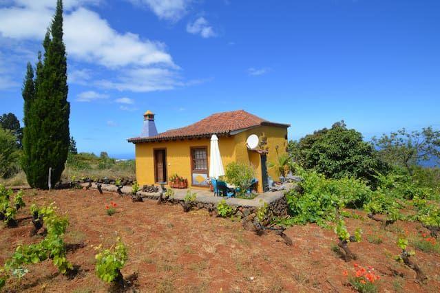 Equipada casa en Puntagorda