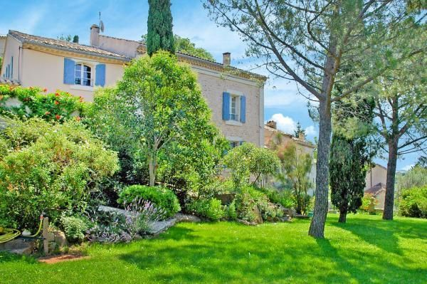 Atractiva casa en Carpentras