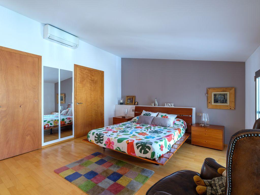 Estupenda casa de 210 m²