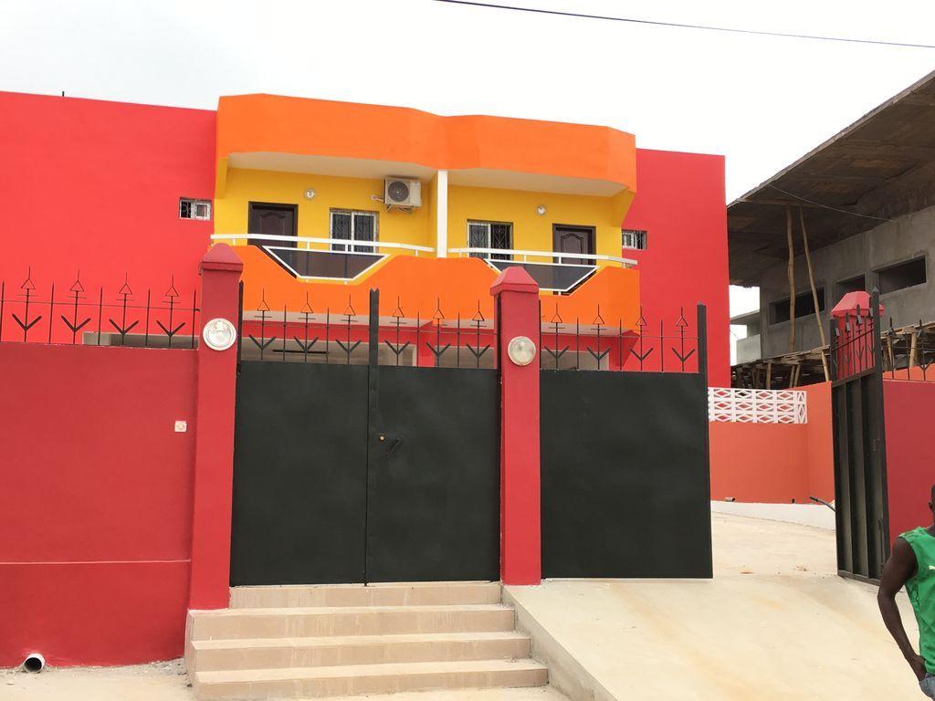 Alojamiento de 1 habitación en Abidjan
