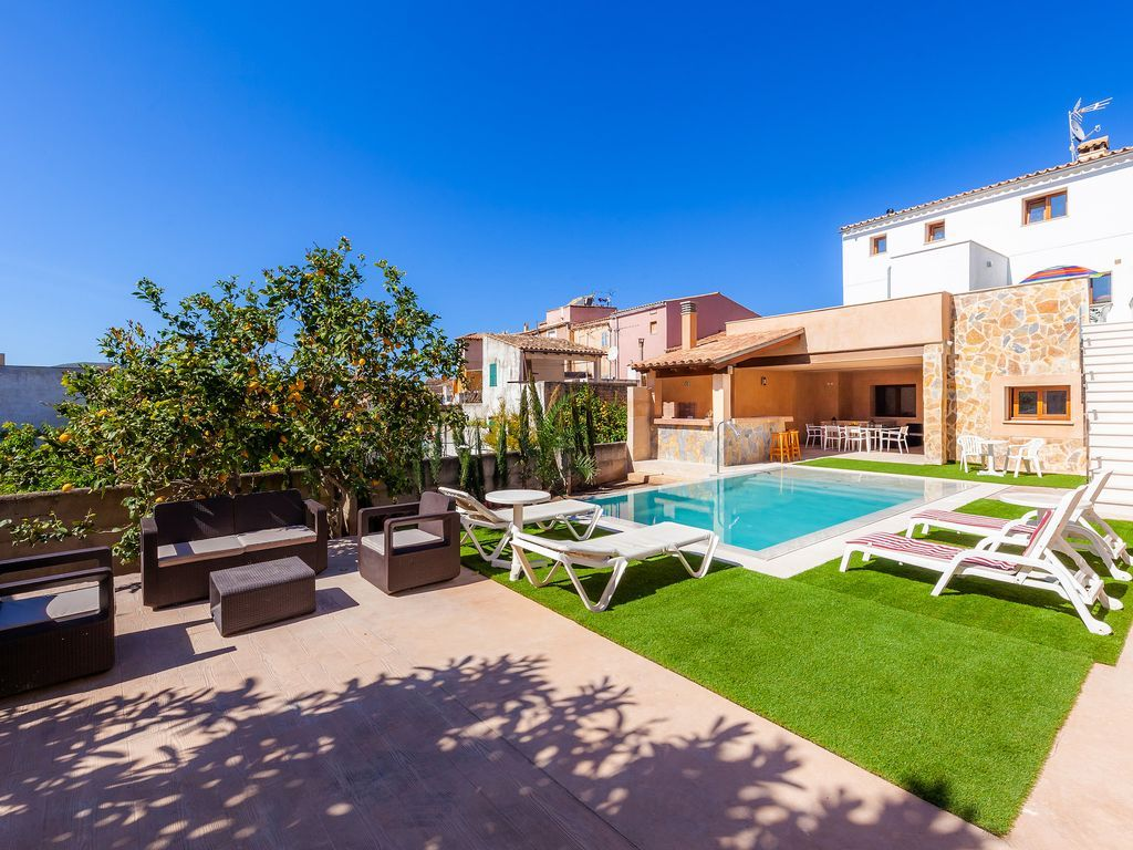 60 m² holiday rental with parking included