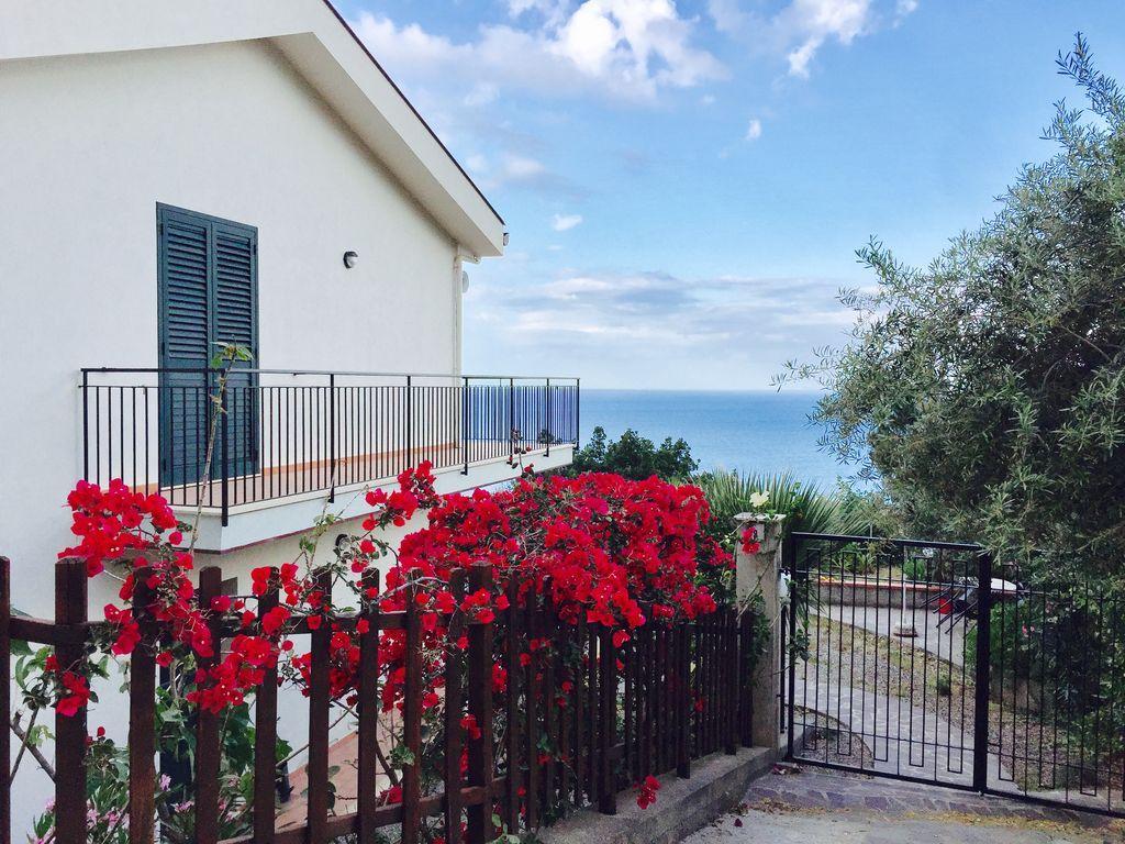 Residencia para 6 personas con balcón