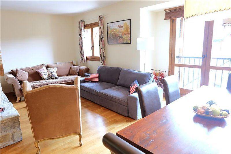 Apartamento en Escarrilla con Terraza, Aparcamiento, Lavadora (628847)