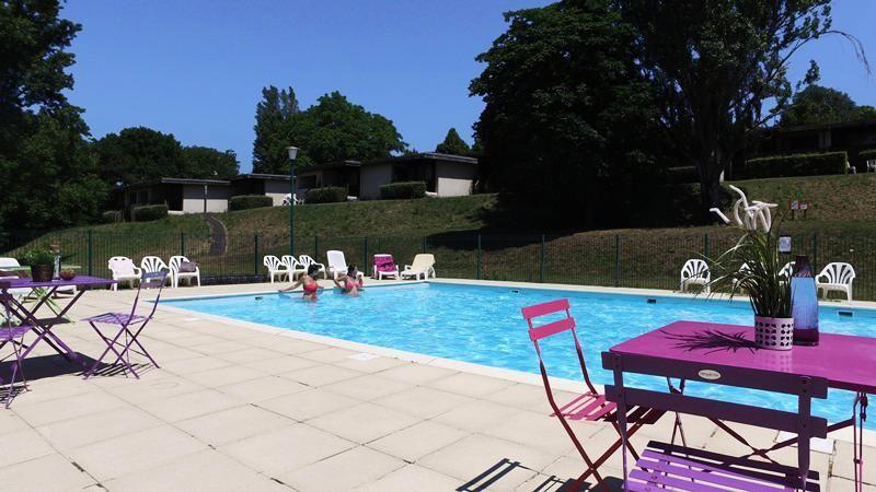 Logement avec piscine pour 6 personnes