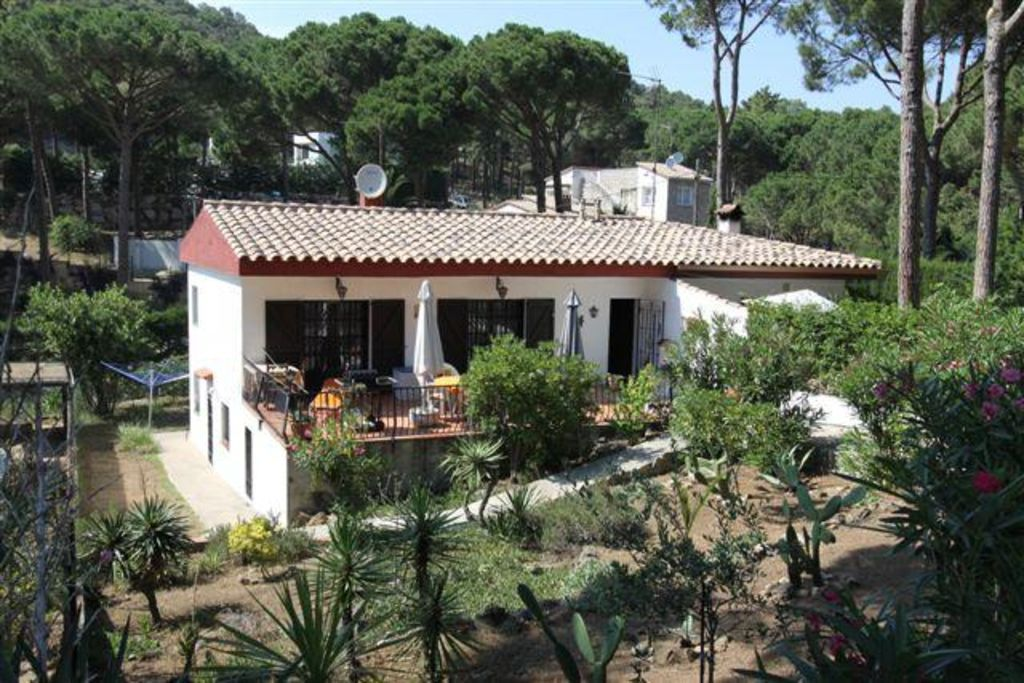 Comfortable holiday rental in Costa brava with  Pets welcome