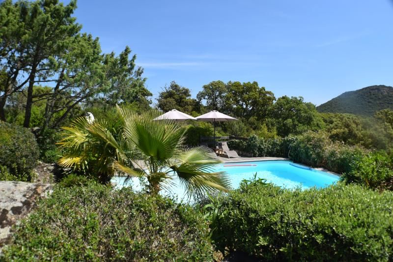 villa private pool heated near fantastic beaches!