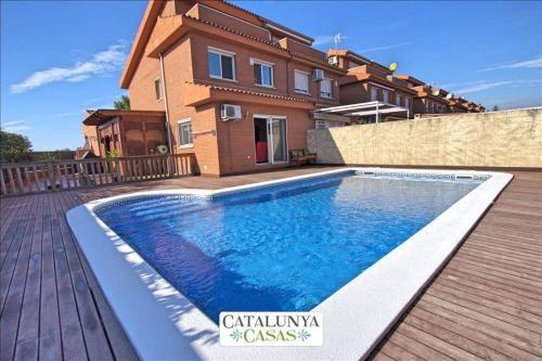 Vivienda con piscina en Reus