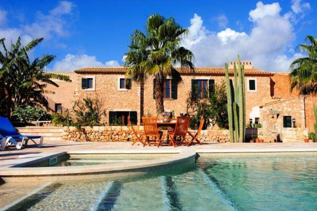 Alojamiento con jardín de 350 m²