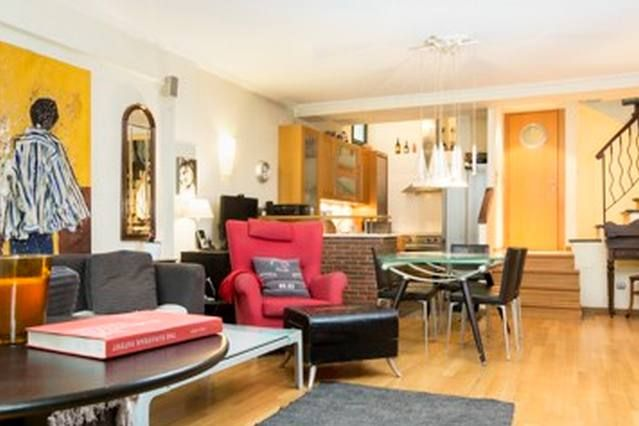 Residencia de 80 m² con parking incluído