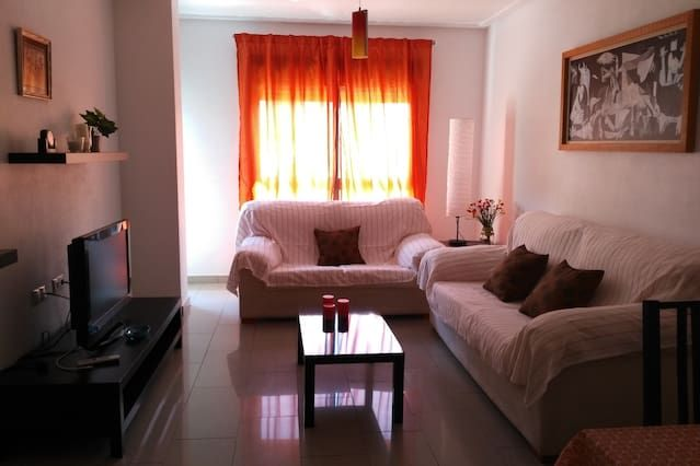 Beautiful apartment 9km from the beach