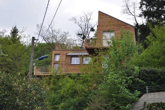 Preciosa casa de madera con vista espectacular, cerca de París y Aeropuerto Orly