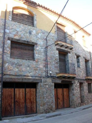 Residencia con parking incluído en Pina de montalgrao