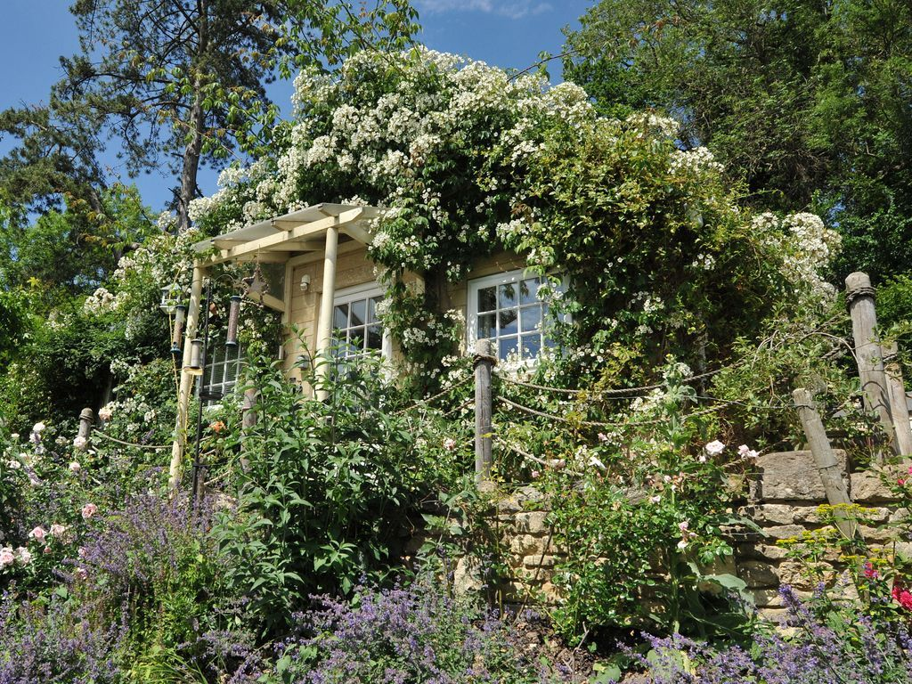 Perfect holiday home in Bath for 3 people