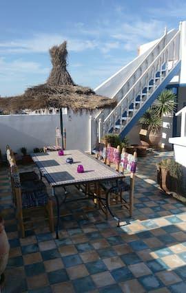 Alojamiento para 10 huéspedes con jardín