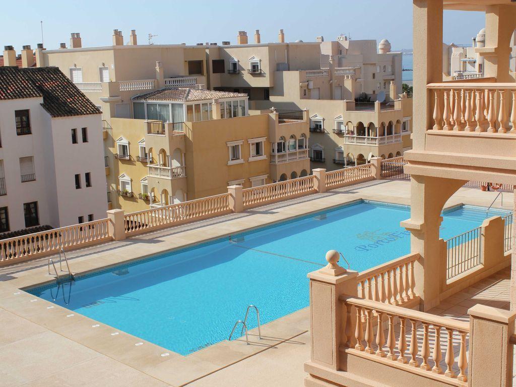 Apartamento con encanto de 2 dormitorios en Almerimar