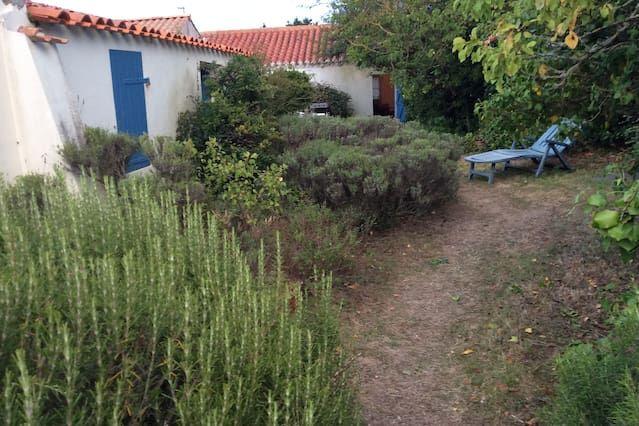 Casa con jardín para 8 huéspedes
