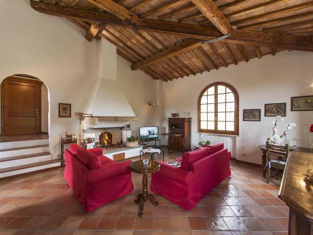 Interesante vivienda en Siena