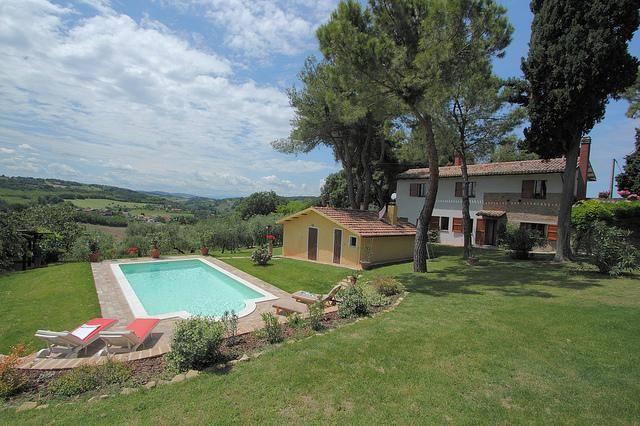 Encantadora casa de campo con jardín y piscina privada, parque natural cerca